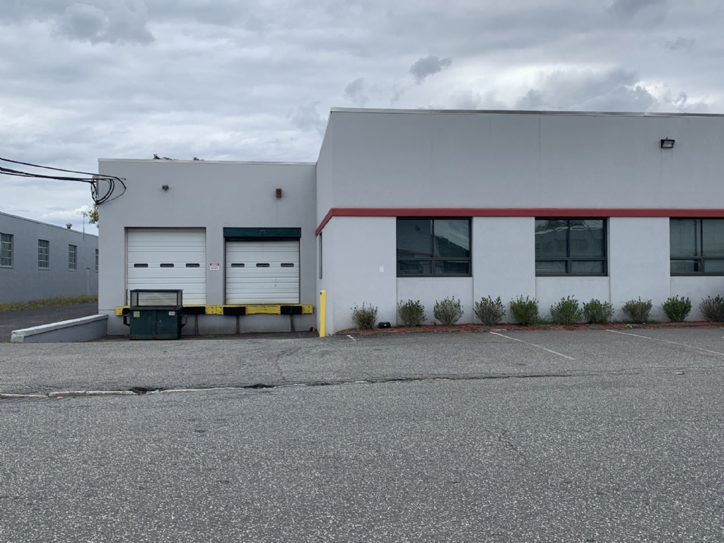 Available: 21,000 SF